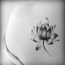 Wodoodporny zmywalny tatuaż
