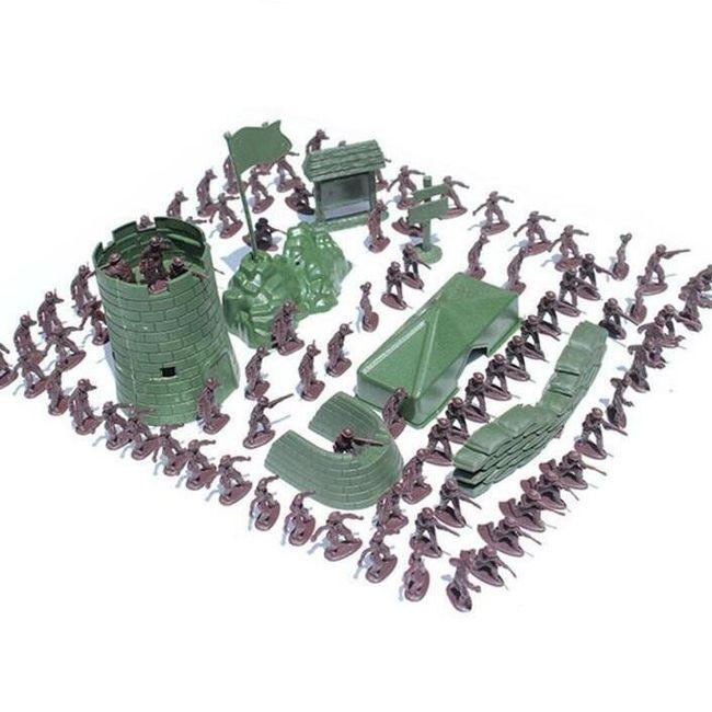Set 100 vojakov z opremo 1