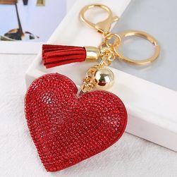Klíčenka ve tvaru srdce s třásničkou