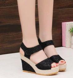 Dámské boty na klínu Lirina