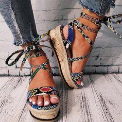 Женские сандалии на платформе Melania