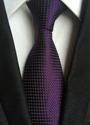 Elegancki krawat w kratkę