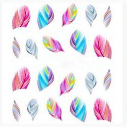 Ozdobne naklejki na paznokcie w kształcie piórek