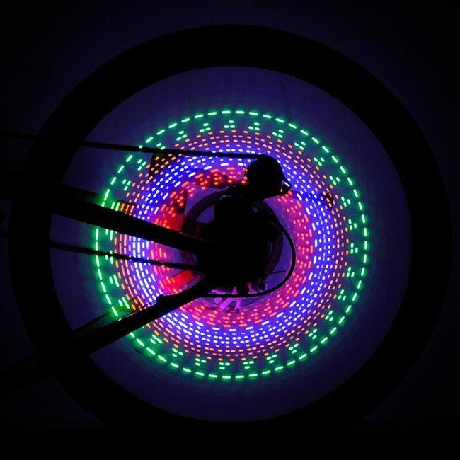 LED světlo na kolo - barevné 1