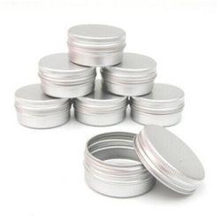 Metalowe pojemniki na domowe kosmetyki