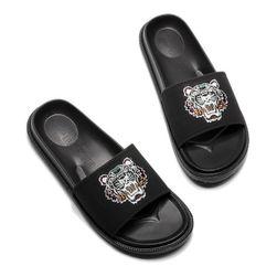 Ženske papuče DZ7