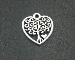 Szív medál fával (10 darab) - ezüst színű