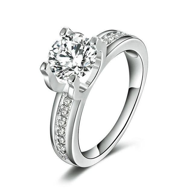 Zaročni prstan v barvi belega zlata s cirkonom 1
