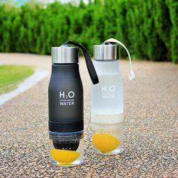 Flašica za vodu sa cediljkom za voće