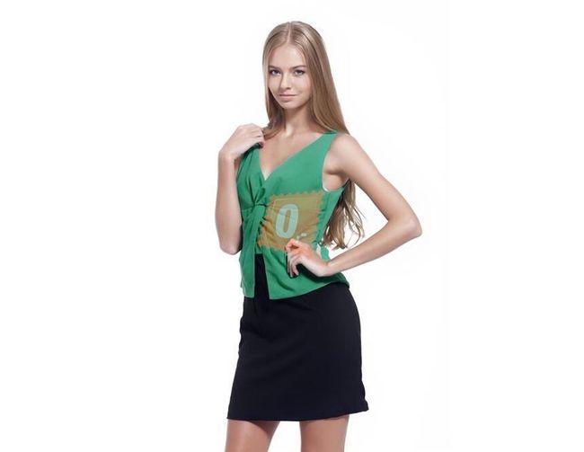 Dámské šaty s hlubokým výstřihem v zelenočerném provedení - vel. L 1