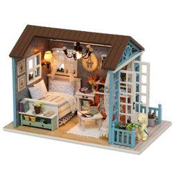 Обзаведена къща за кукли