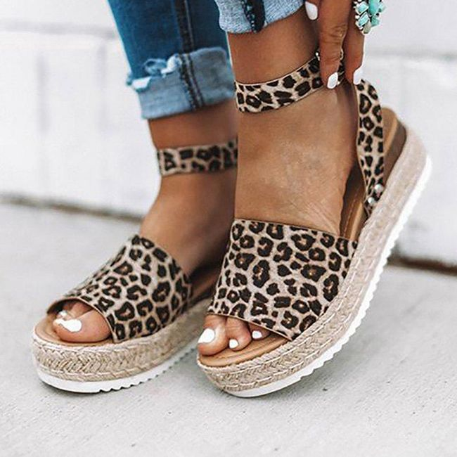 Женские сандалии на платформе WS34 1