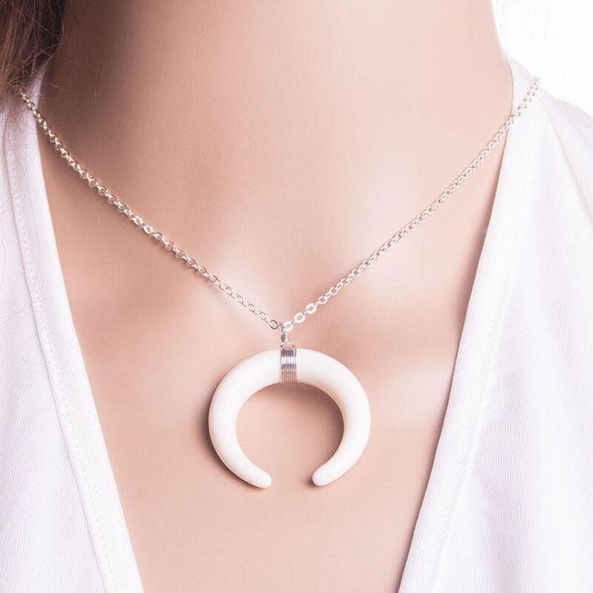 Dámský náhrdelník s barevným měsícem - 5 barev 1
