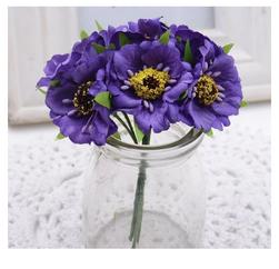 Umělé makové květiny