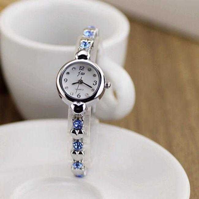 Damski zegarek z ozdobną bransoletką 1