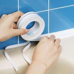 PVC lepicí páska v bílé barvě