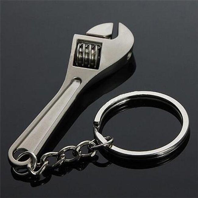 Praktický přívěsek na klíče  1