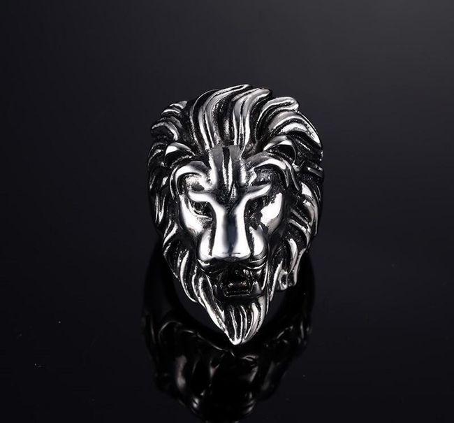 Prsten se lví hlavou 1