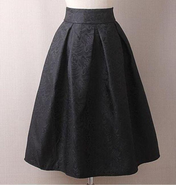 Krátká sukně s jemným květinovým vzorem - Černá-velikost č. 2 1