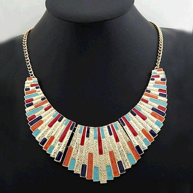Výrazný náhrdelník ve zlaté barvě - 3 varianty 1