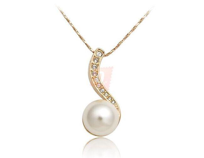 Elegantní náhrdelník s perlou a kamínky - zlatá barva 1