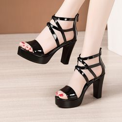 Damskie buty na obcasie Norma