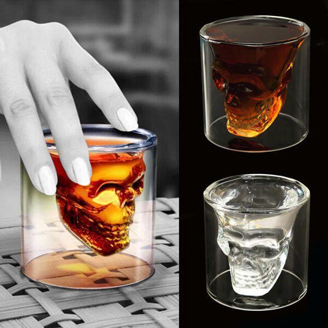 Mala čašica sa motivom lobanje 1