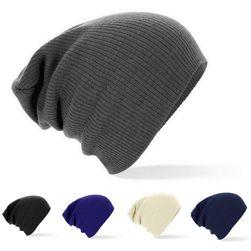 Trendy pletena kapa u raznim bojama