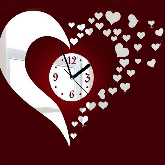 Ceas modern pentru perete - inimioare 1