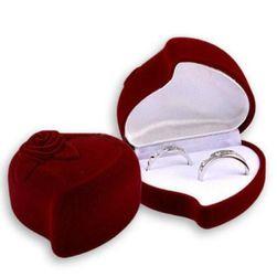 Srdcová krabička na prsteny