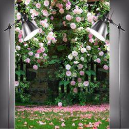 Fotografické pozadí s motivem růží v zahradě - 210 x 150 cm