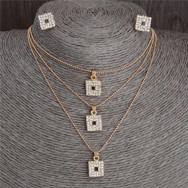 Třívrstvý náhrdelník s náušnicemi 1