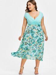 Ženska haljina plus veličine sa cvetićima