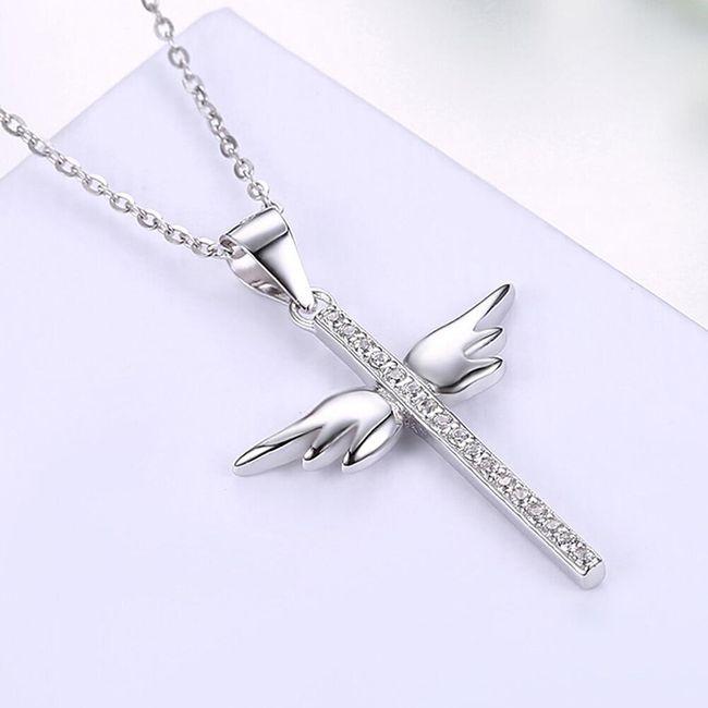 Řetízek s křížkem s křídly 1