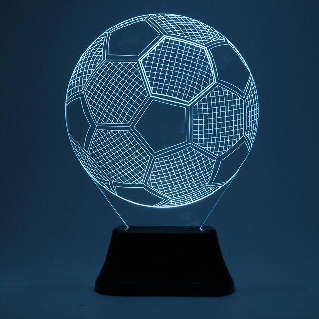 3D stolní lampa ve tvaru fotbalového míče 1