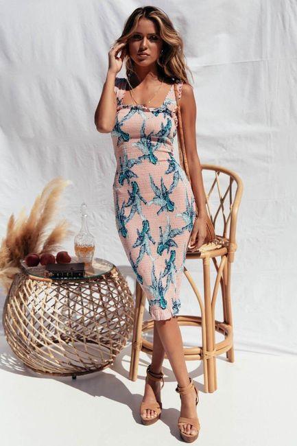 Лятна рокля Slimy 1