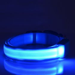Világító LED nyakörv kutyák számára - 7 variáns
