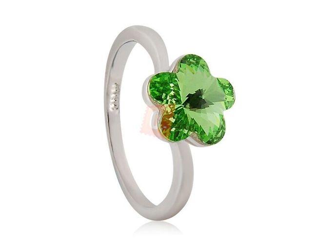 Prstýnek se zelenou květinou - stříbrná barva 1