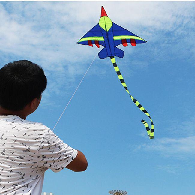 Létající drak ve tvaru letadla 1