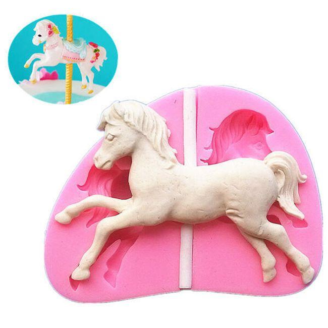 Szilikon penész ló alak számára 1