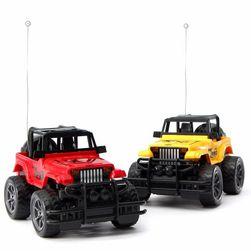 Jeep pe telecomandă 1:24