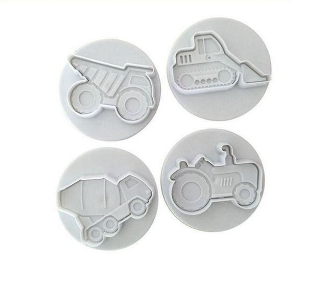 4 vykrajovátka na sušenky s autíčky 1
