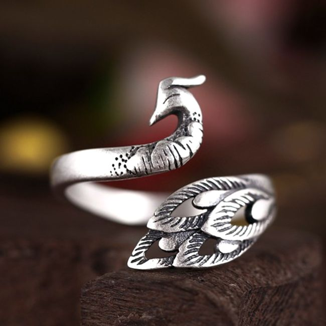 Prsten ve tvaru páva 1