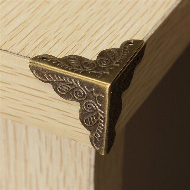Ozdobné kryty na rohy nábytku - 10 kusů 1