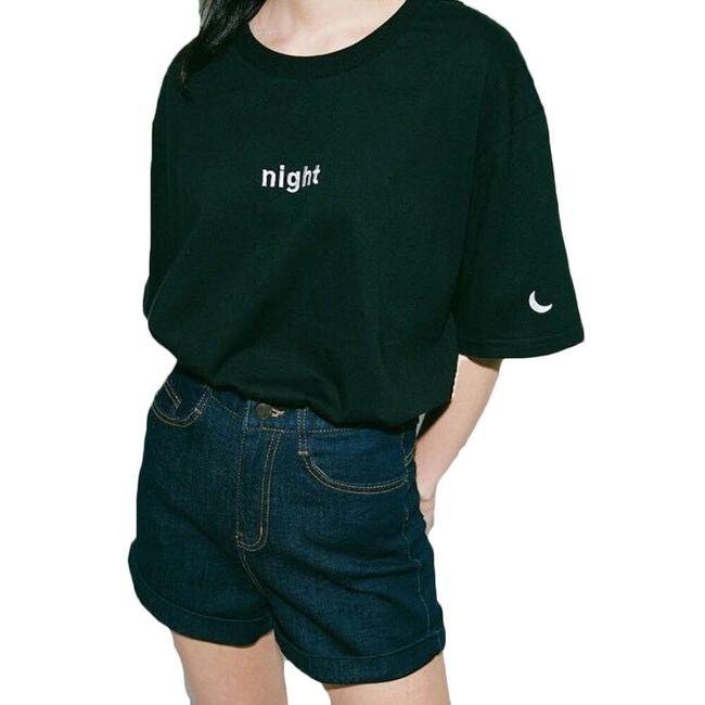 Dámské volné tričko ve dvou barvách - Den nebo noc 1