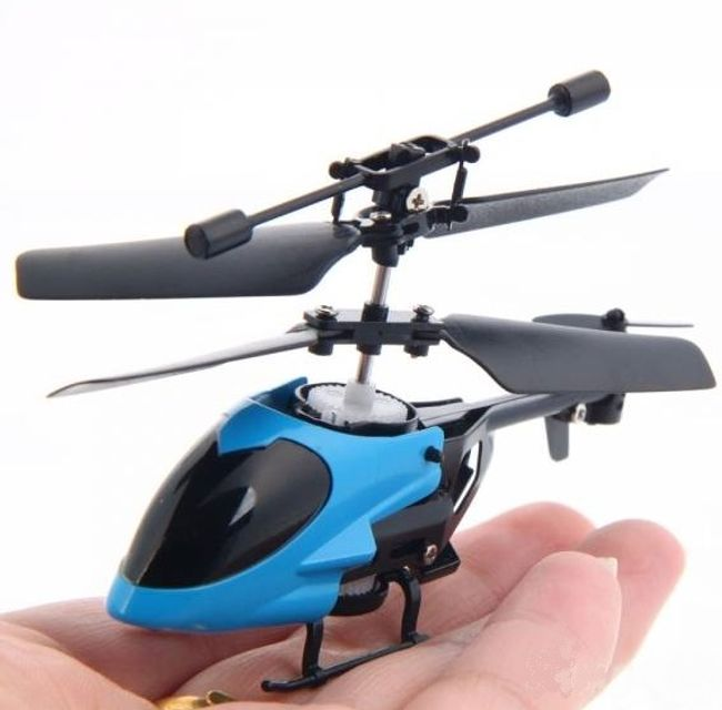 Mini helikopter na daljinsko upravljanje 1