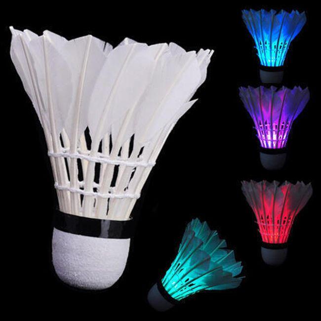 Badmintonowa piórowa lotka  z LED światłem 1