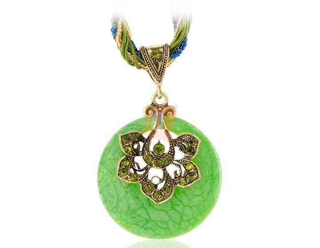 Exotický retro náhrdelník - zelený 1