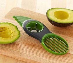 Multifunkční porcovač avokáda