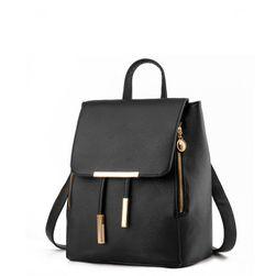 Damski plecaczek w eleganckiej formie - czarny kolor